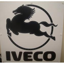 картина логотип для грузовика iveco логотип ивеко