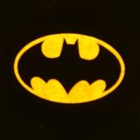 Беспроводная подсветка дверей с логотипом Batman