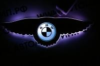 Светящийся логотип BMW с крыльями
