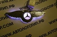 Светящийся логотип Mercedes с крыльями