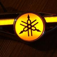 Светодиодные поворотники с логотипом Yamaha