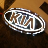 5D светящийся логотип KIA
