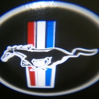 Проектор логотипа на мотоцикл Ford Mustang