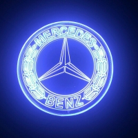 Зеркальный светящийся логотип Mercedes