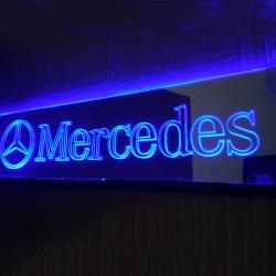 Зеркальная табличка Mercedes 2D гравировка